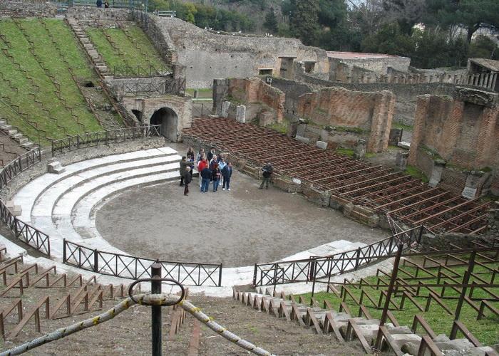 На восстановление легендарных Помпей Италия выделит 2 миллиона евро