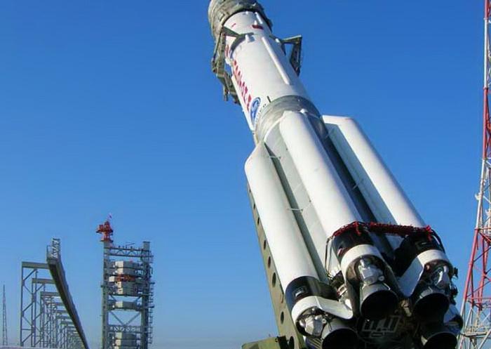 Ракета с двумя телекоммуникационными спутниками стартовала с Байконура