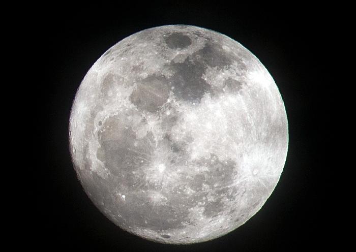 Через 50 лет земляне переселятся на Луну