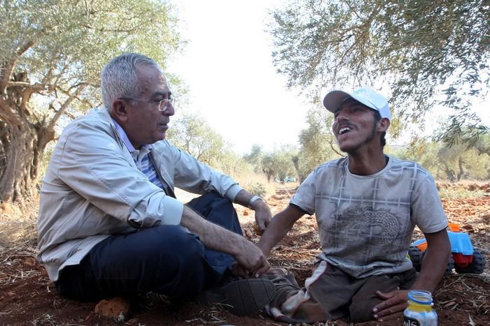 """Спецпосланник ООН на Ближнем Востоке Роберт Серри с политическим деятелем Палестины Салямом Файядом, 26 октября, 2010 год. Фото: Mustafa Abu Dayeh/ flickr.com"""""""