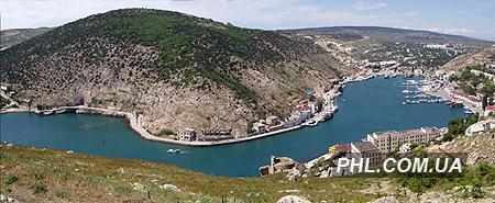 На фото показана бухта Балаклавы во всей красе.  Фото: http://phl.com.ua