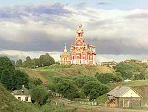 Общий вид Николаевского собора с юго-запада Можайска. 1911 г. Фото: parnuexpress.ee