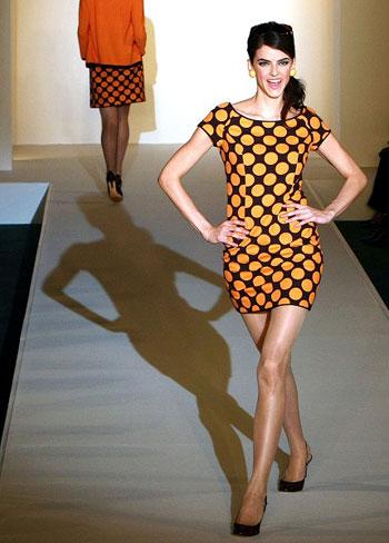Коллекция одежды японской фирмы Musee DUji весна-лето 2008г. Фото: Junko Kimura /Getty Images