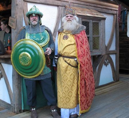 Хельмут, зеленый рыцарь, лично встречает императора. Фото: Hans Buchler
