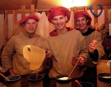 Доброжелательное обслуживание: средневековые блины. Фото: Hans Buchler