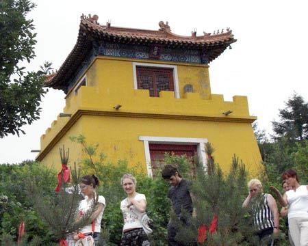 Один из корпусов храма. г. Суйфэньхэ. Фото: Нелли Родионова/Великая Эпоха