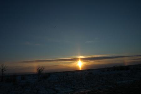 «Солнце уходит на Запад, но чтобы снова родиться, спешит на Восток…». Фото: Фарафонова Елена/Великая Эпоха