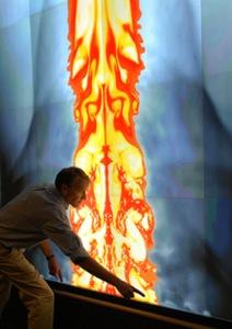 Марк Бослоу и визуализация модели Тунгусского события. Фото с сайта лаборатории Сандия