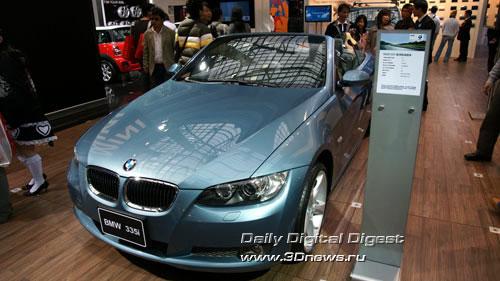 Стенд баварской компании BMW. Кабриолет BMW 335i. Фото: 3dnews.ru