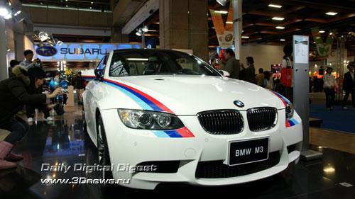 Стенд баварской компании BMW. Купе M3. Фото: 3dnews.ru