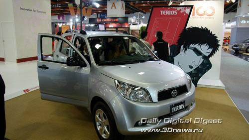 Стенд компании Daihatsu. Обновленная модель Terios. Фото: 3dnews.ru