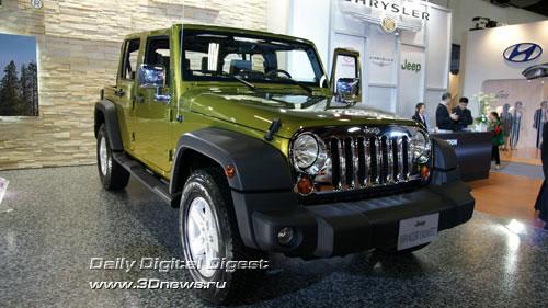 Стенд подразделения «Крайслера» - Jeep. Внедорожник Wrangler Unlimited. Фото: 3dnews.ru