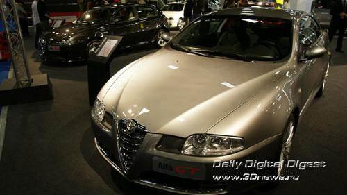 Стенд Alfa-Romeo. Тяжелое купе GT. Фото: 3dnews.ru