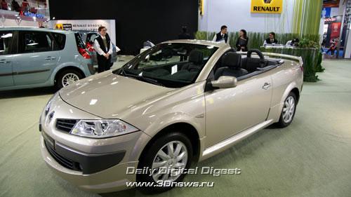 Стенд компании Renault. Линейка Megane: кабриолет. Фото: 3dnews.ru