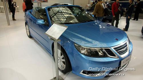 Стенд компании Saab. Семейство 9-3: кабриолет. Фото: 3dnews.ru
