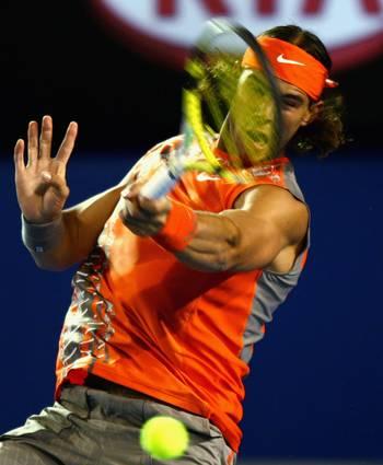 Рафаэль Надаль (Испания) (Rafael Nadal of Spain) во время открытого чемпионата Австралии по теннису. Фото: Mark Dadswell/Getty Images
