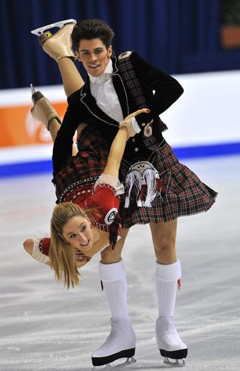 Джон Керр/Шинед Керр (Великобритания) исполняют оригинальный танец (шотландский танец). Фото: MLADEN ANTONOV/AFP/Getty Images