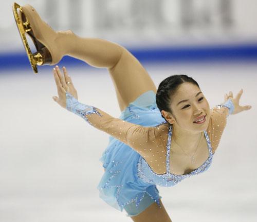 Юкари Накано (Япония) исполняет короткую программу. Фото: DAVID BOILY/AFP/Getty Images
