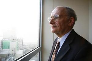 Дэвид Мейтас, канадский адвокат по правам человека и один из авторов отчета