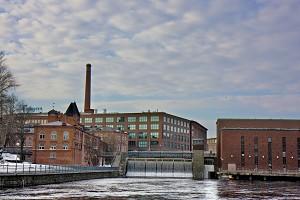 Старинные текстильные мануфактуры, изображенные здесь, были основаны шотландцем Джеймсом Финлейсоном в 1823 г. Пять лет спустя он превратил свою фабрику в хлопковый завод, дав, таким образом, толчок индустриальной революции в Тампере, индустриальном центре страны, который часто называют «Северным Манчестером». Фото: Ян Якилек /Великая Эпоха