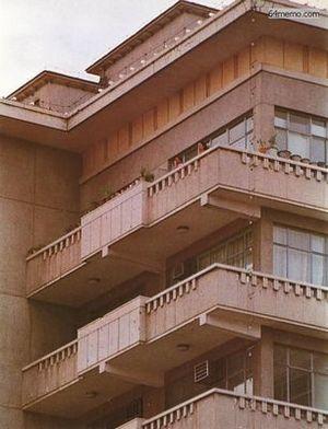 7 июня 1989 г. Здание дипломатического корпуса в Пекине, которое было обстреляно солдатами. Говорят, что из него кто-то открыл по солдатам огонь. Фото с 64memo.com