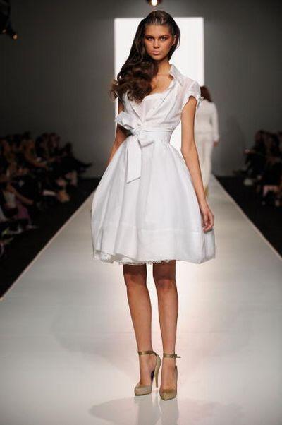 Коллекция женской одежды от Alex Perry на неделе моды в Австралии. Фото: Getty Images