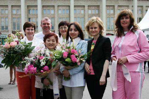 В Москве при поддержке Минздравсоцразвития РФ и Комитета Госдумы РФ по охране здоровья состоялся Второй благотворительный Марш «Вместе против рака груди»