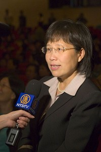 «Представление достигло высшей точки совершенства», - говорит ректор Национального Тайнаньского университета Леу г-жа М. Хуан. Фото: Великая Эпоха