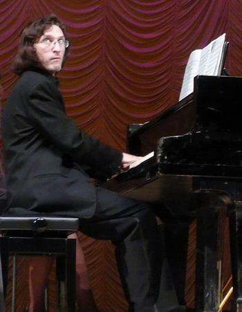 Пианист Рэм Урасин. Фото: Елена Захарова/Великая Эпоха