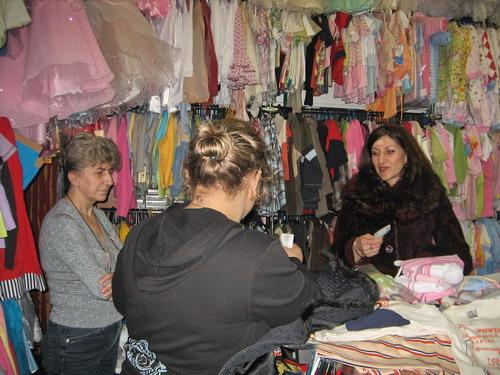 Широкий выбор одежды и обуви для детей в возрасте от 1 года до 10  лет в магазине