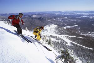 Спортивные состязания, такие как лыжный спорт, регби или теннис, предрасполагают к травмам,  в первую очередь, коленных суставов. Сульфат глюкозамина укрепляет здоровье в целом и помогает людям не попасть на операционный стол. Фото: Photos.com