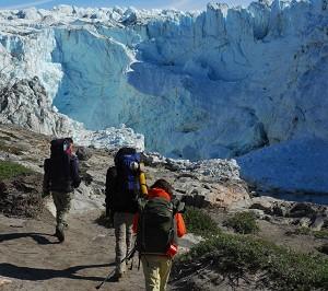 Северный путь: Пеший туризм по ледяному панцирю возле Кангерлуссуак. Фото: reenland Tourism /Signe Vest