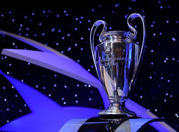 Самый престижный европейский (и, возможно, мировой) клубный трофей – кубок чемпионов УЕФА. Жеребьевка Лиги чемпионов УЕФА. 28 августа 2008 г. Монте Карло, Монако. Фото: Denis Doyle/Getty Images