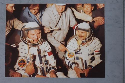 В.Н.Кубасов и Ю.А.Гагарин. Фото предоставлено автором
