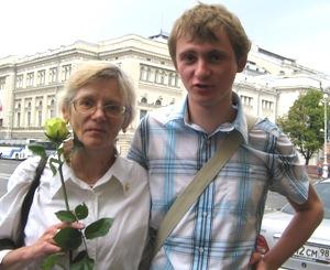 Снова дома, снова с мамой... Фото Татьяны Серебряковой