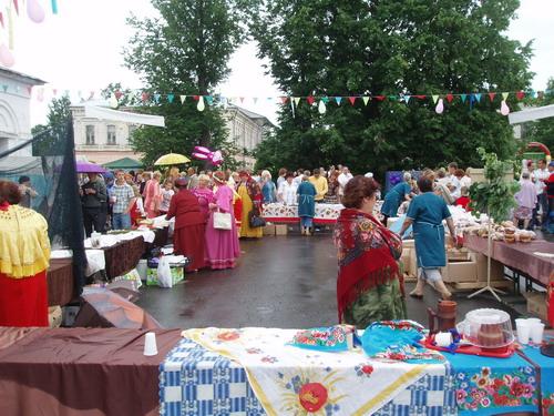 Ярмарка-конкурс Пошехонского пирога. Фото: Сергей Савинов