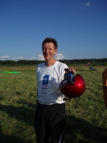 Покоритель воздуха на параплане главврач ЦРБ Кузьмин В.Г. Фото: Сергей савинов