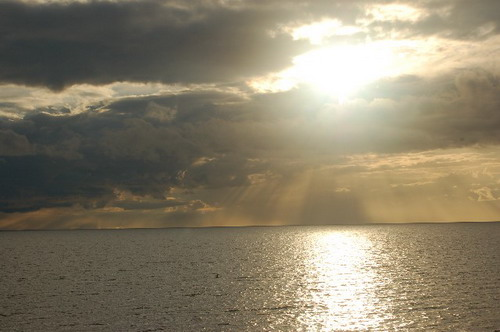 Закат на Чудском озере. Фото: Ирина Оширова/Великая Эпоха