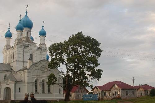 Церковь в деревне Ветвеник на Чудском озере. Фото: Ирина Оширова/Великая Эпоха
