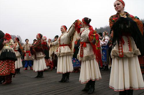 Выступление артистов народного танца Фото: Юрий Петюк/Великая Эпоха
