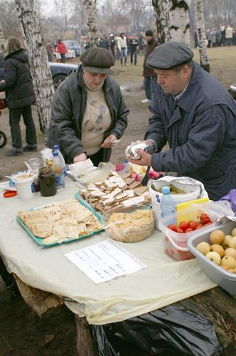 Праздичное угощение. Фото: Юрий Петюк/Великая Эпоха