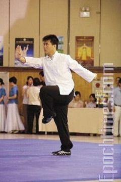 Выступление Лянь Тежуня, превосходного ученика школы Шаолинь Чаньцюань. Фото: Лянь Ли /Великая Эпоха