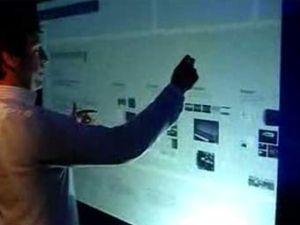 Microsoft TouchWall. Кадр из демонстрационного ролика