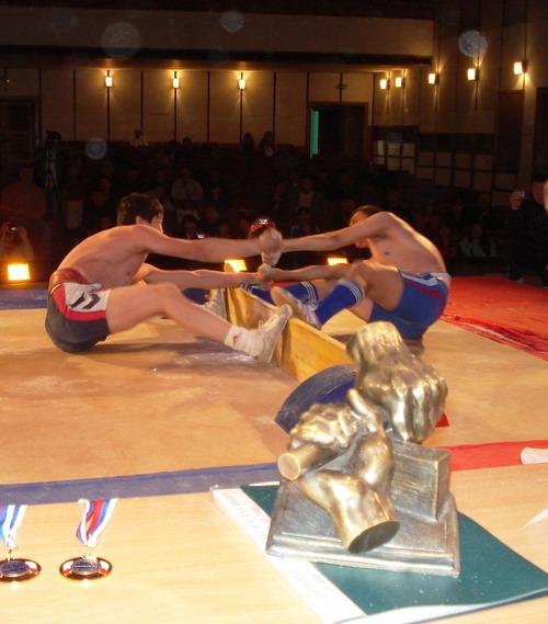 Символ питерских мас-рестлеров вдохновлял всех спортсменов на победу! Фото: МО