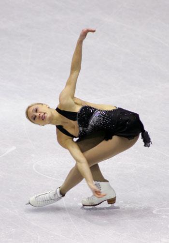 Джоанни Рошетт (Канада) исполняет короткую программу. Фото: Chung Sung-Jun/Getty Images
