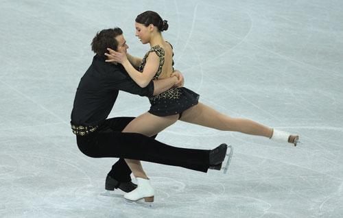 Джессика Дюбе/Брюс Дэвисон (Канада) исполняют короткую программу. Фото: Jamie McDonald/Getty Images