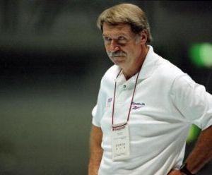 Тренер по гимнастике Бела Каролий. Фото: Mike Powell /Allsport /Getty Images