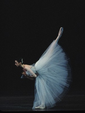 Прима-балерина: Нина Ананиашвили выступает 23 февраля в Калифорнийском университете. Фото: Giselle Mira/Courtesy AB