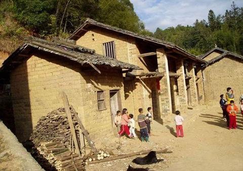 Школа в одном из «самых экономически развитых» районов Китая. Фото с epochtimes.com
