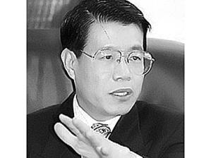 Доктор Ван Бинчзан китайский политический заключенный, который в настоящее время находится в Китае в пожизненном одиночном заключении, за то, что он поддерживал демократическое движение в Китае. Фото: ССА